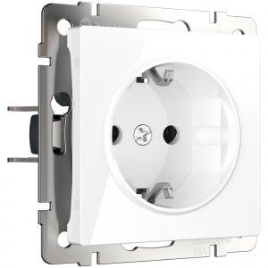 Розетка с заземлением и шторками Werkel WL01-SKGS-01-IP44 (белая)  (W1171101)